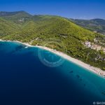 Skopelos çimərlikləri Milia Beach hava fotoşəkili