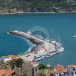 Воздушна фотографија од градското село Скопелос