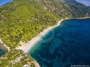 plaja Velanio, plajele Skopelos, plaja nudistă oficială