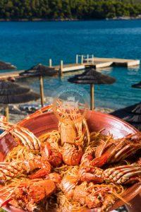 adrina taverna skopelos, lagosta espaguete skopelos, adrina taverna panormos, adrina beach hotel