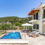 Vila Skopelos s bazenom geraki