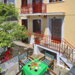 Casa Skopelos en el pozo
