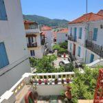 Skopelos hus ved brønden