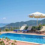 Skopelos los olivos -kattohuoneisto
