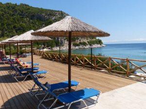 apanemo beach bar, limnonari beach skopelos, beach bars skopelos