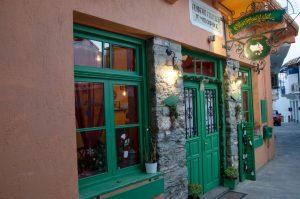monograma café glossa Skopelos, vila glossa Skopelos