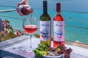 Skopelos bor, Adrina Taverna Skopelos, Adrina szállodák Skopelos